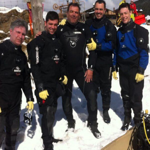 Plongée sous glace à La Quillane