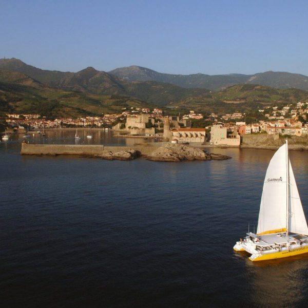 Croisière Collioure à bord d'un maxi catamaran