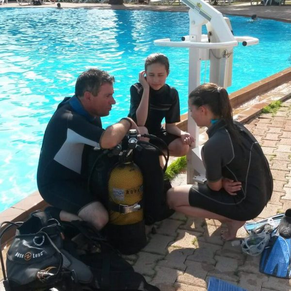 Baptême de plongée en piscine