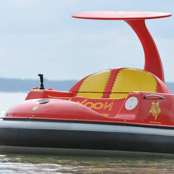 les petits bateaux électriques de Saint-Cyprien