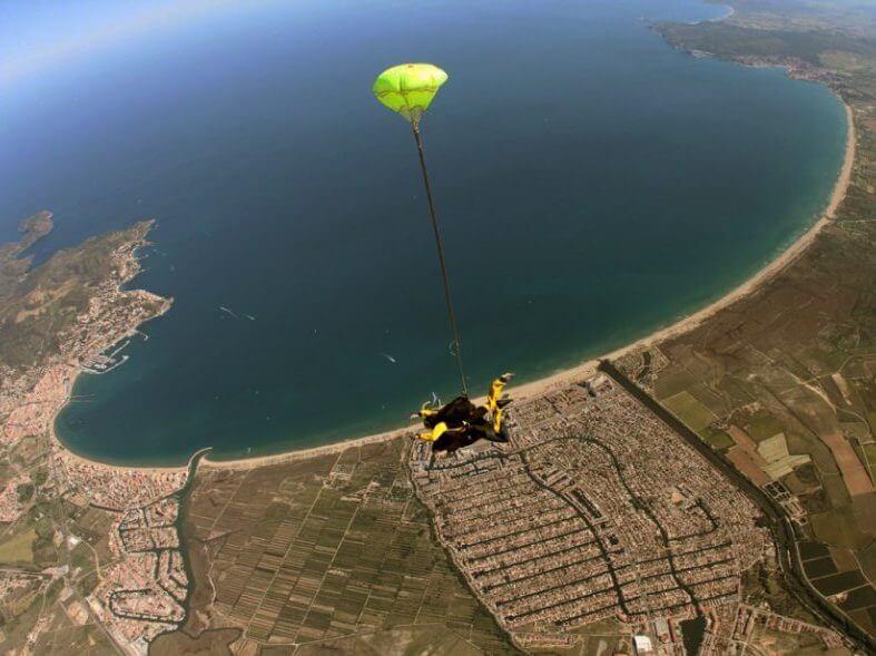 saut en parachute rosas